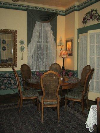 Hotel Strasburg:                   Dining room