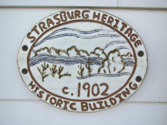 Hotel Strasburg:                   placard