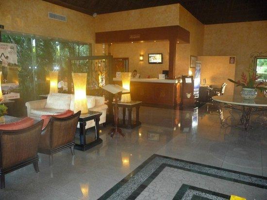 TRS Yucatan Hotel:                                     RSY lobby & front desk.
