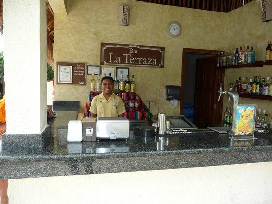 TRS Yucatan Hotel:                                     Pool bar at RSY.