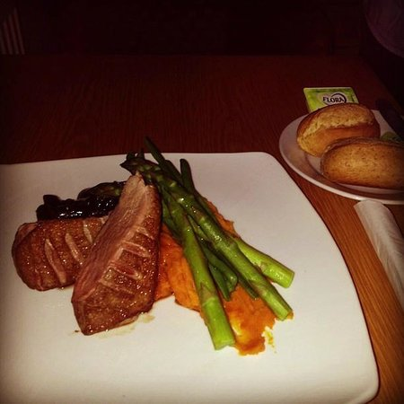 Carlton Park Hotel:                   room service