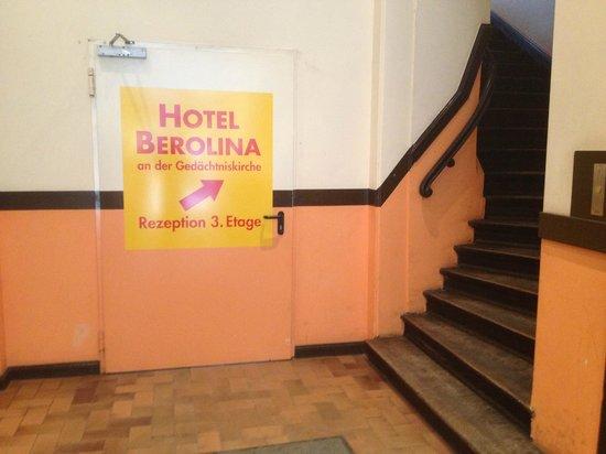 Berolina an der Gedächtniskirche: Entrance