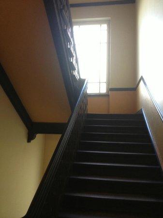 Berolina an der Gedächtniskirche: Stairs