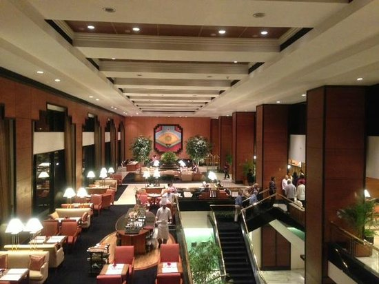 Trident, Nariman Point:                   @lobby