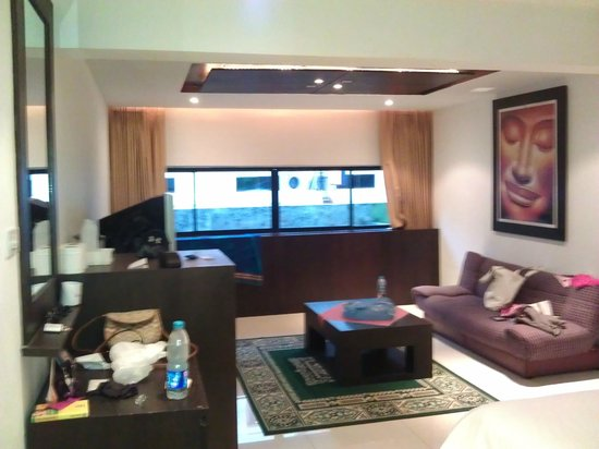 New International Guest House Phuket: room