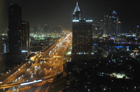 Fraser Suites Dubai:                   30ème étage
