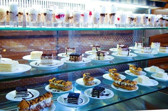 Hotel Plaza Omis: Buffet dessert