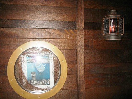 Hotel Plaza Omis: Pirate Tavern (inside)