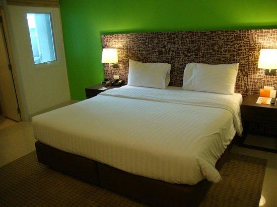 Legacy Express Sukhumvit by Compass Hospitality:                   Superior Zimmer Legacy Express Hotel