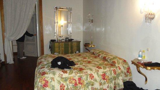Il Covo Bed & Breakfast:                   jolie chambre