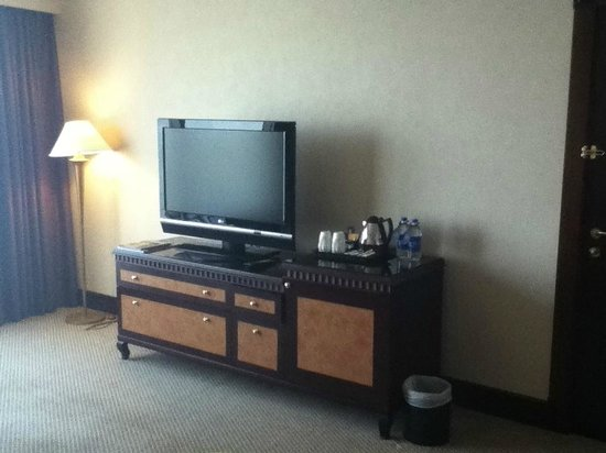 Hilton Sharjah:                   Entertainment Console in Bedroom