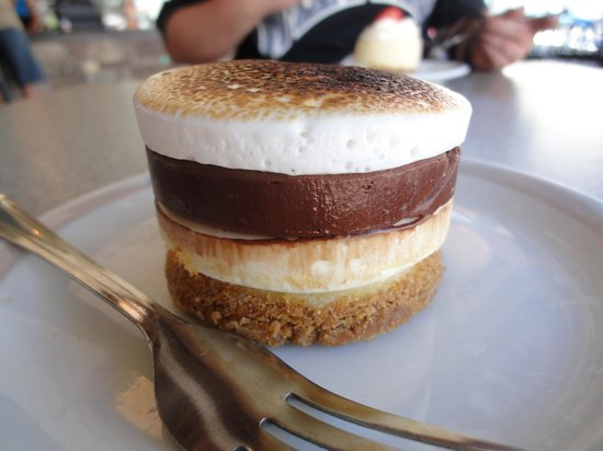 Petite Madeline Bakery:                   S'More