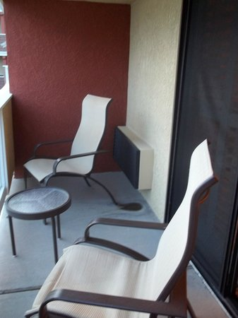 SeaCrest OceanFront Hotel: Outside veranda