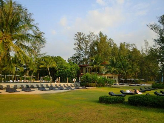 Renaissance Phuket Resort & Spa: The sun terrace