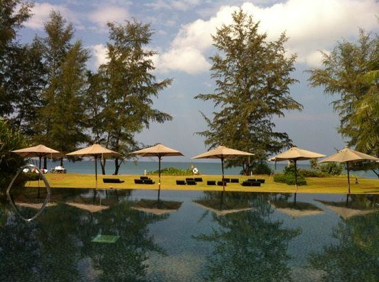 Renaissance Phuket Resort & Spa: The pool