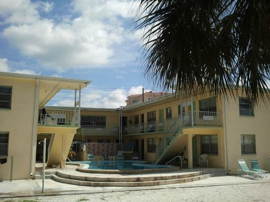 The Molloy Gulf Front Motel and Cottages:                   Hotel