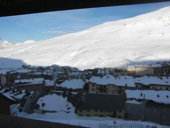 Apartamentos Turisticos Manzano: manzano room view