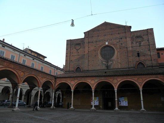 Basilica di Santa Maria dei Servi Bologna :                   Santa Maria dei Servi