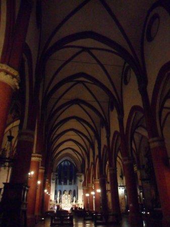 Basilica di Santa Maria dei Servi Bologna :                   Interno