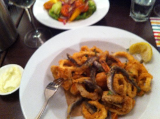 Carluccio's - Leeds:                   Fried selection of prawns,calamari whitebait and fish