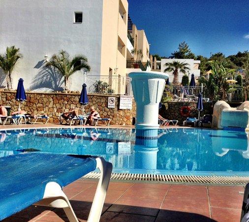 Pefkos Beach Hotel 사진