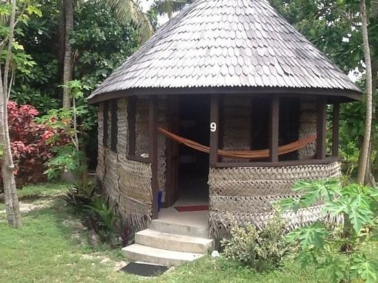 Heilala Holiday Lodge:                   Standard Fale