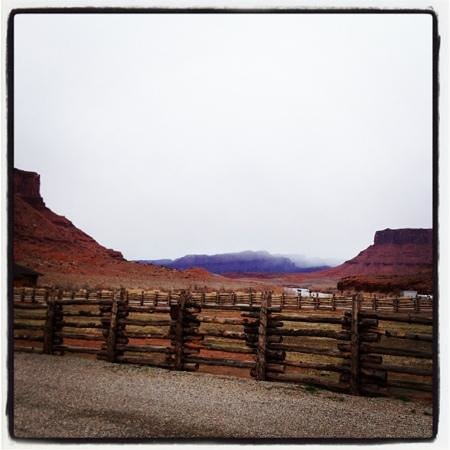 Red Cliffs Lodge:                   view out front porch