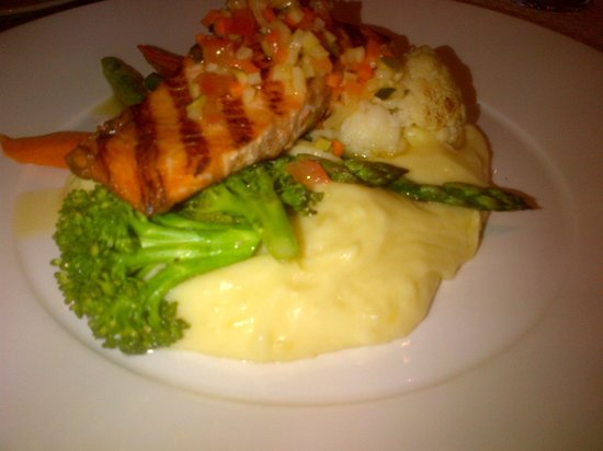 Best Western Plus Port O'Call Hotel:                   Atlantic Salmon, Mashed Potatoes, and Vegetables