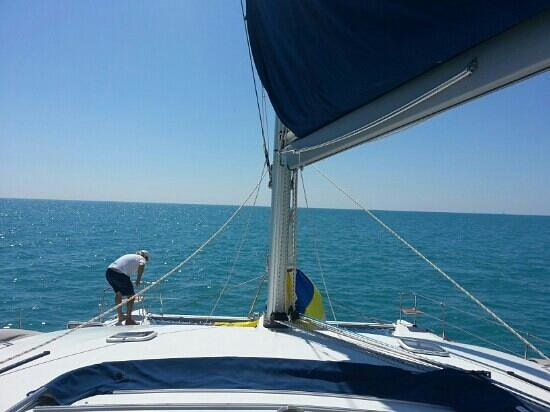 Sunluver Charters - Day Tours:                                     sailing