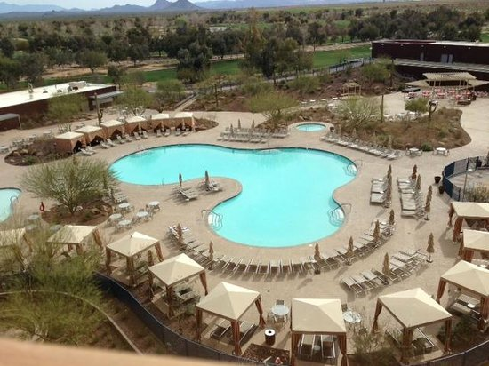 Talking Stick Resort: Pool, viewed from my room