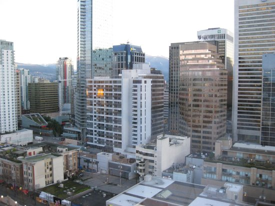Sutton Place Hotel Vancouver:                   view from the 20th floor