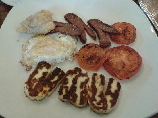 Cafe Maya :                   Mayan Breakfast with haloumi substitute