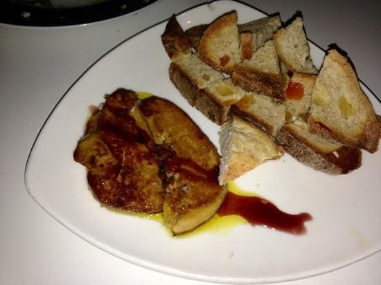 Anka Restaurante en Miniatura:                   Foie fresco a la plancha