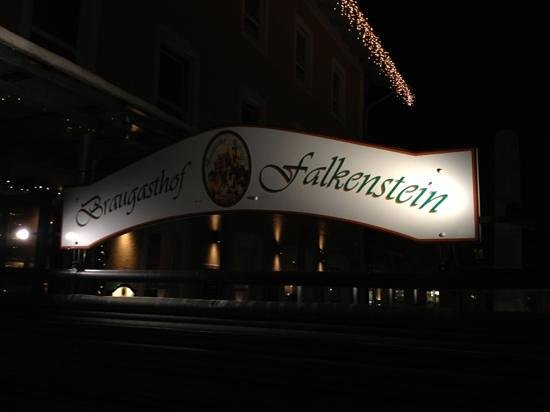 Braugasthof Falkenstein:                   entrance