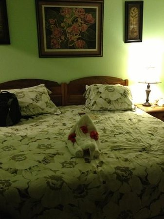 Westender Inn:                   our room