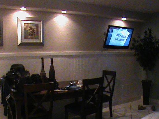 Sundestin Beach Resort:                   Living Room