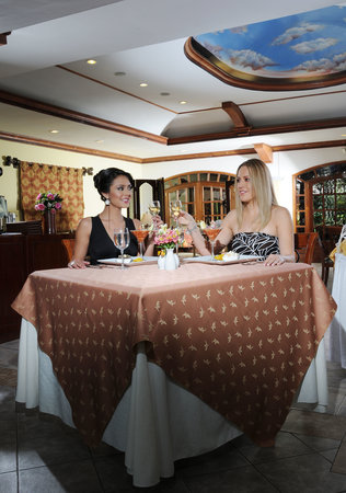 Hosteria Rincon de Puembo : RESTAURANTE LAS CUPULAS