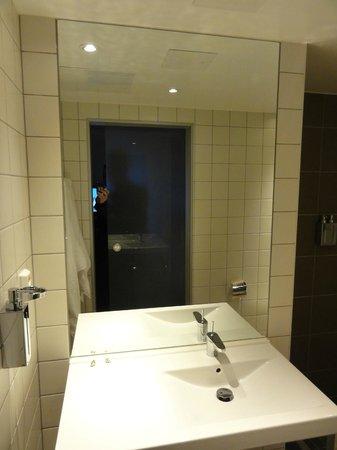 PS:Hotell:                   Bathroom