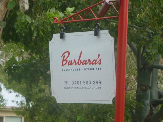 Barbara's Guesthouse: Sign at the front....