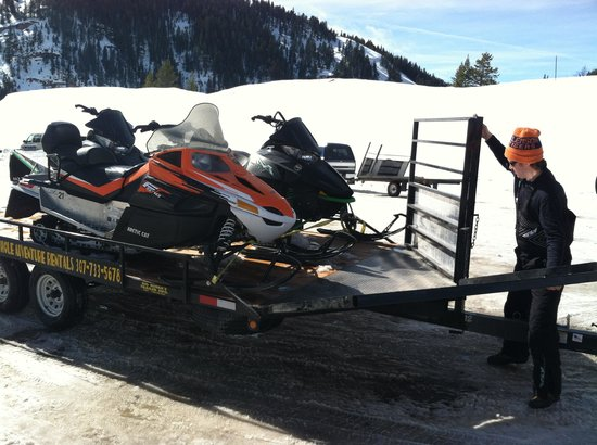 Granite Hot Springs:                   Snowmobiles