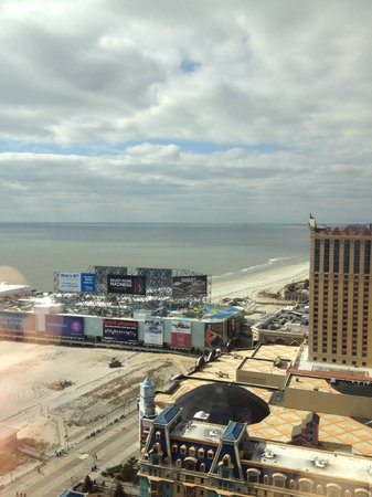 Bally's Atlantic City:                   view towards Delaware