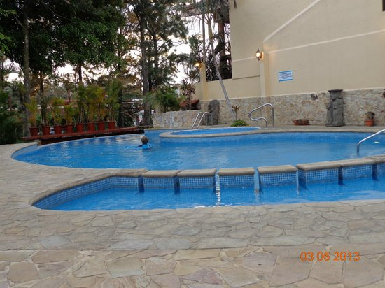 Adventure Inn:                   Pool - with kiddie pool and hot tub