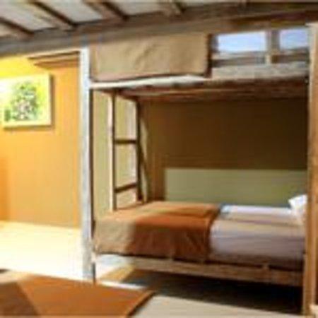 Happy Day Hostel: dorm room