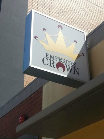 The Emperor's Crown Hostel: Sign out front
