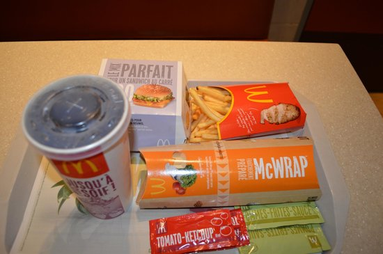 McDonalds - Champs Elysees:                   Maccas 1