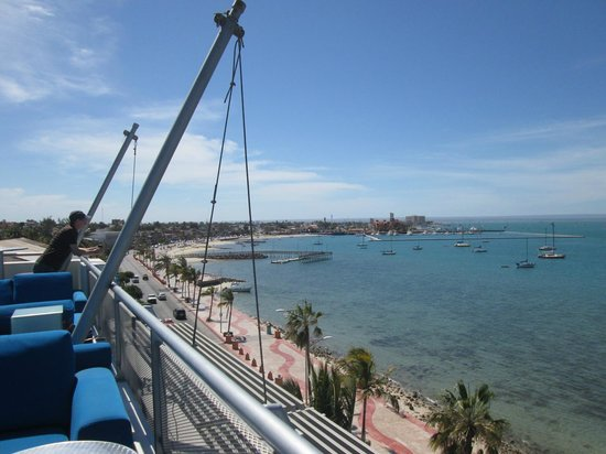 Seven Crown Malecon: View from outdoor bar