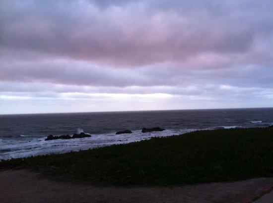 The Ritz-Carlton, Half Moon Bay:                   Watching the cloud sunset on hotel grounds!
