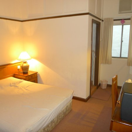 South East Asia Hotel: Standard bedroom 1