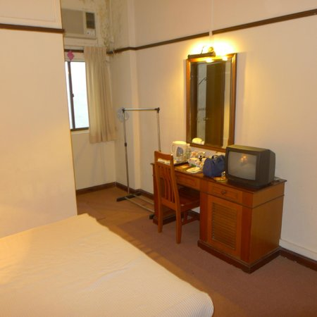South East Asia Hotel: Standard bedroom 2