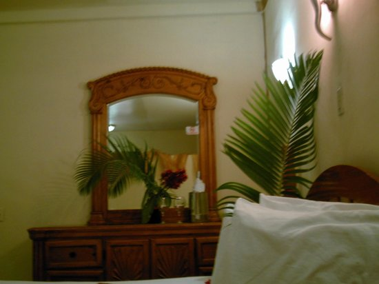 Super Palm Resort renovated honeymoon suite